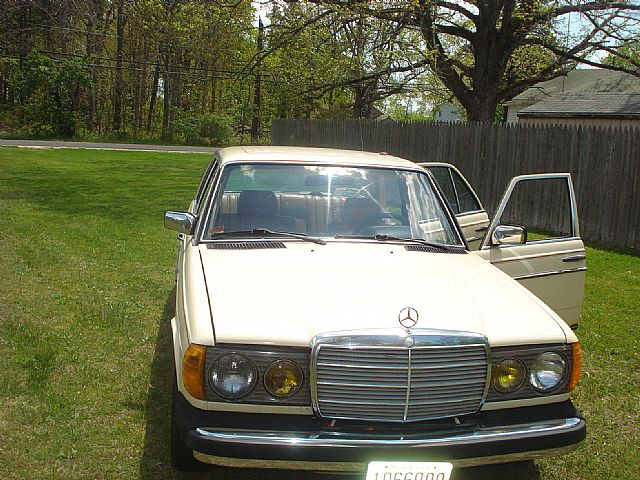 1982 Mercedes 240D for sale