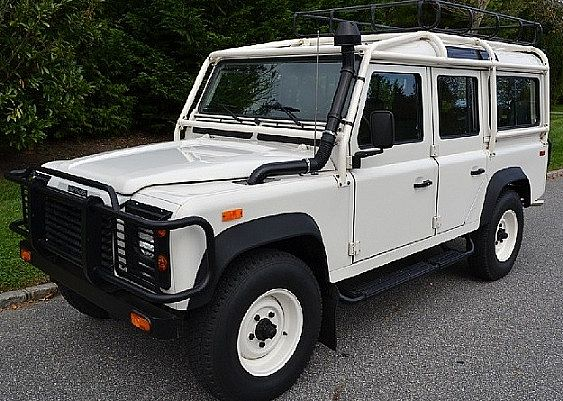1993 land rover defender 110 for sale val de reuil france. Black Bedroom Furniture Sets. Home Design Ideas