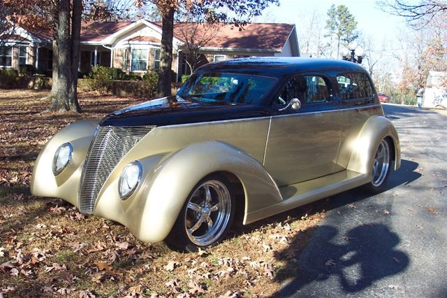1937 Ford Wild Rod