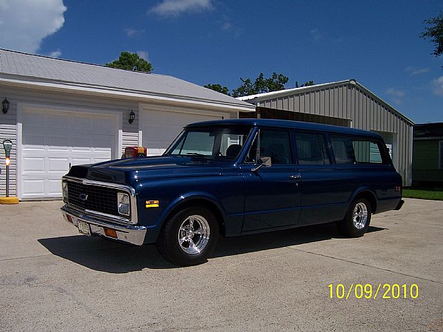 1972 Chevrolet Suburban for sale