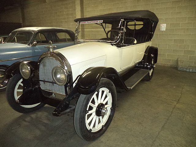 1918 Oldsmobile Touring