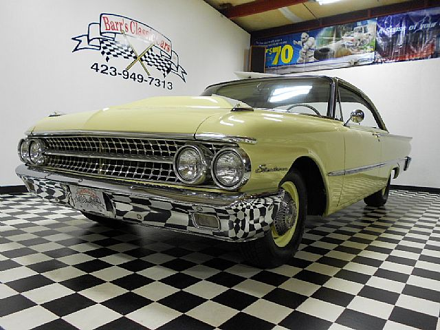 1961 Ford Starliner for sale