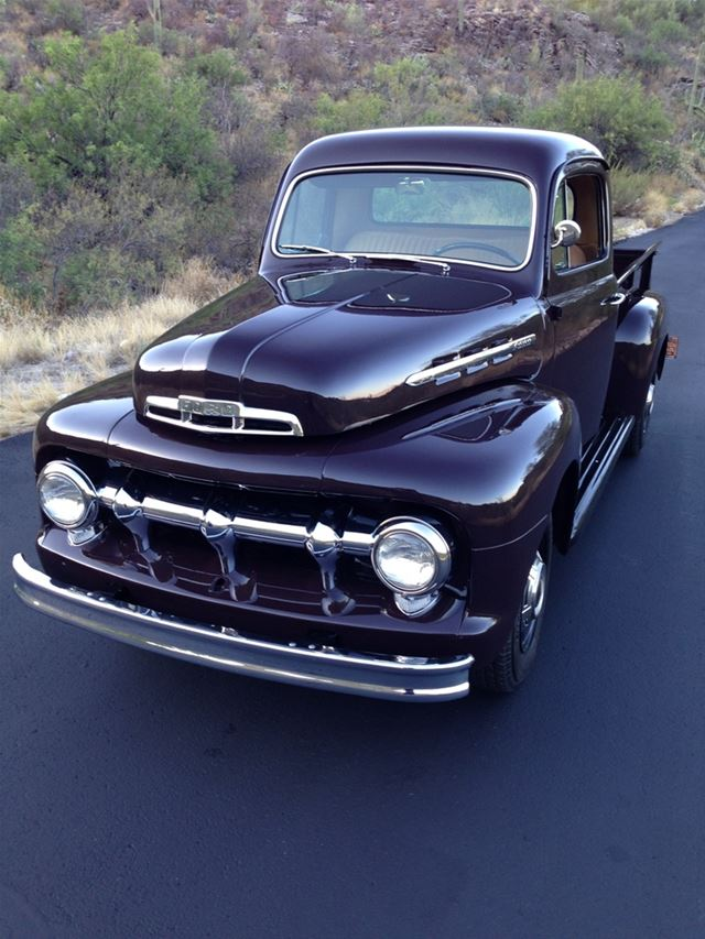 1951 Ford F2