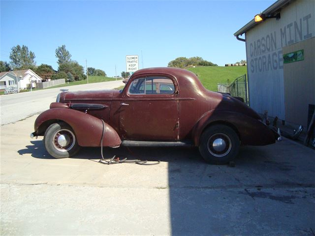 1935 Oldsmobile 3-W Coupe