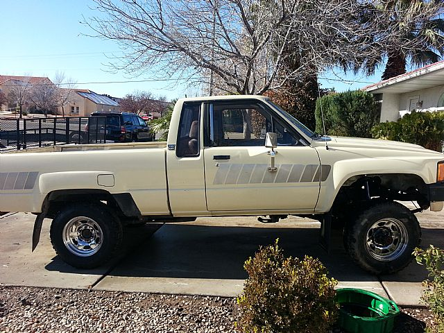 1985 Toyota Pickup for sale