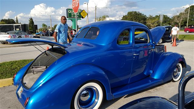 1938 Ford 5 Window Coupe