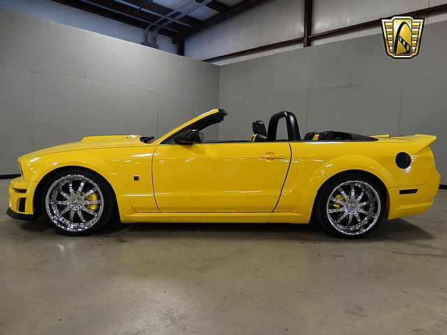 2005 Ford Mustang for sale