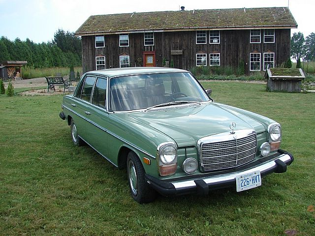 1975 Mercedes 300D for sale