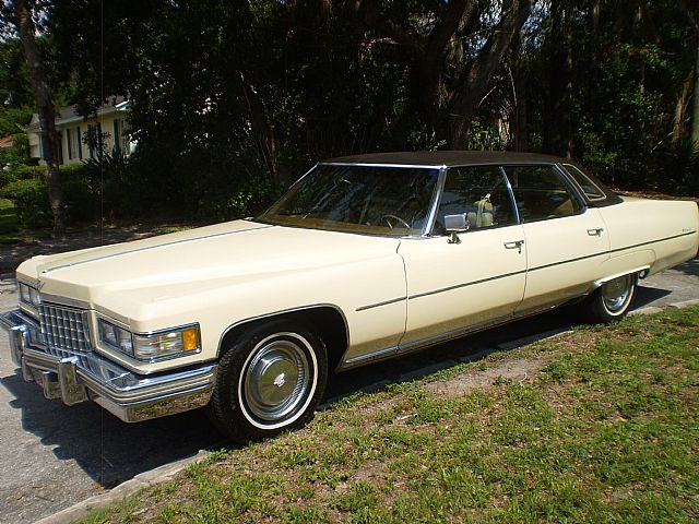 1976 Cadillac Sedan DeVille for sale