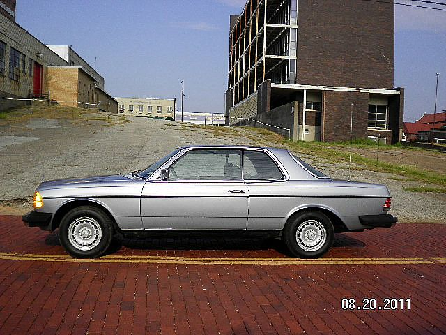 1982 Mercedes 300CD for sale