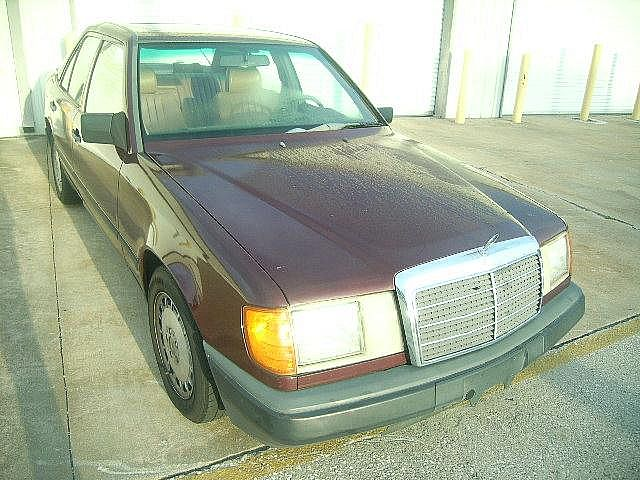 1988 Mercedes 260E for sale
