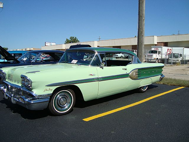 1958 Pontiac Star Chief