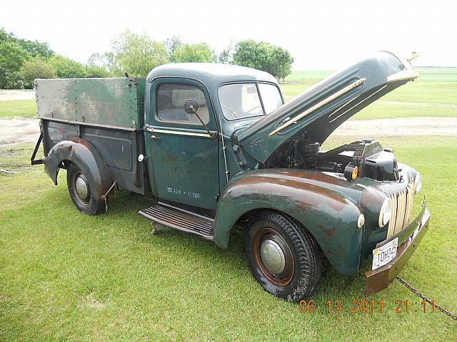 1947 Ford F2 for sale
