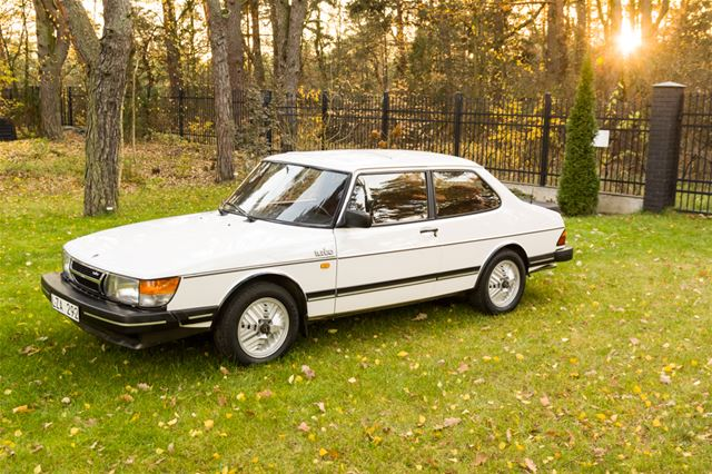 1985 saab 900 turbo intercooler 8v for sale warsaw poland. Black Bedroom Furniture Sets. Home Design Ideas