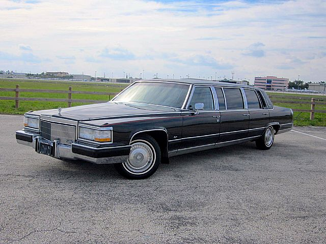1990 Cadillac Fleetwood for sale