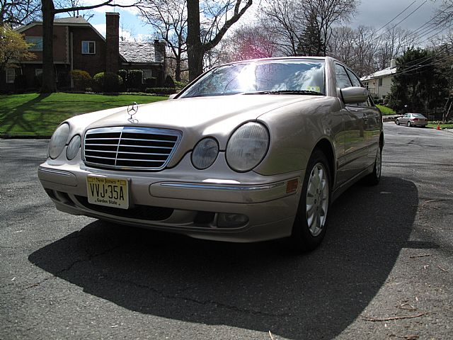 2001 Mercedes E320 for sale