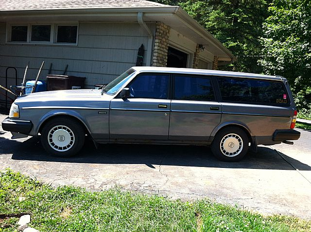 1990 volvo 240 for sale wayzata minnesota. Black Bedroom Furniture Sets. Home Design Ideas