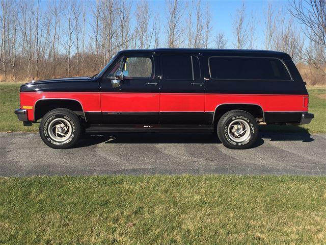 1990 GMC Suburban SLE For Sale O'Fallon, Illinois