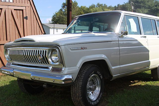 1968 Jeep Wagoneer for sale