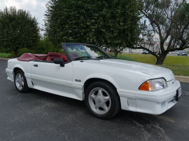 1990 ford mustang gt convertible for sale alsip illinois. Black Bedroom Furniture Sets. Home Design Ideas