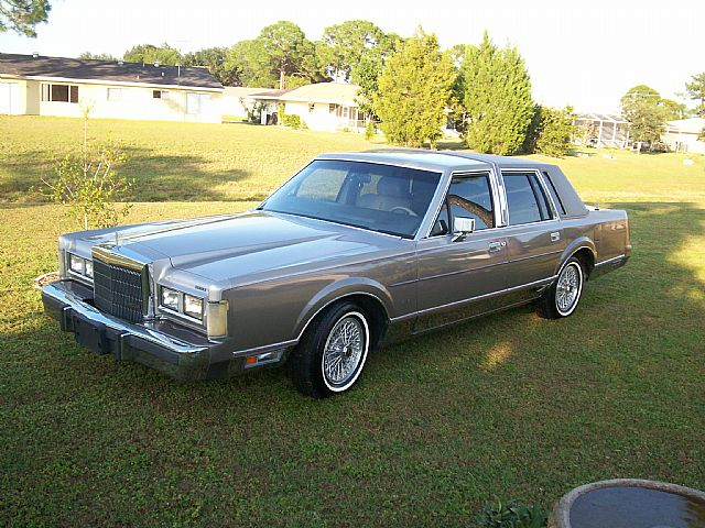 1989 Lincoln Town Car for sale