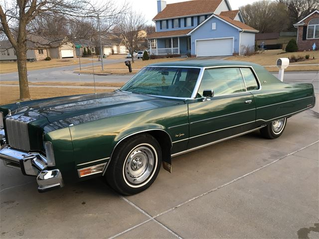 chryslers for sale browse classic chrysler classified ads. Black Bedroom Furniture Sets. Home Design Ideas