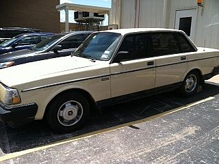 1989 Volvo 240DL for sale