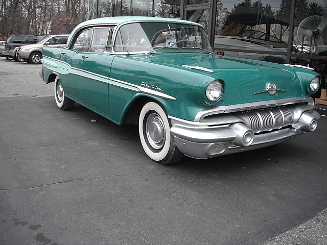 1957 Pontiac Chieftain 4 Door http://www.collectorcarads.com/Pontiac-Chieftain/40824