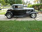 1932 Ford 2 Window Coupe Picture 2