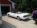 1986 Chrysler LeBaron Picture 2