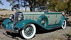 1933 Chrysler Imperial Picture 2