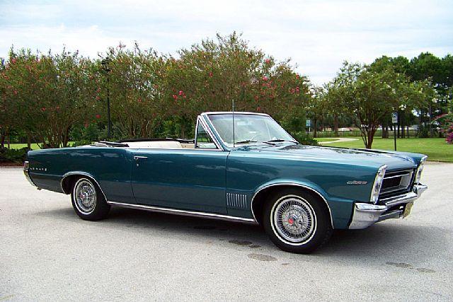 1965 Pontiac LeMans Picture 2