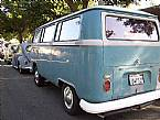 1968 Volkswagen Bus Picture 2
