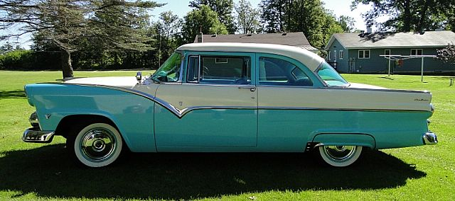 1955 Ford Fairlane Sunliner V8 Powerpack Fordomatic Ford Motor