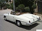 1955 Mercedes 190SL Picture 2
