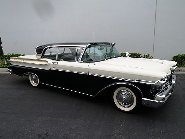 Img further Gtaiv besides Mercury Montclair as well Lincoln Cosmo additionally Mercuryturnpikecruiser. on 59 mercury monterey