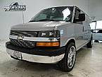 2005 Chevrolet Express Picture 2