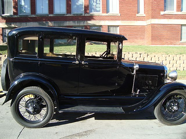 1929 ford model a town sedan for sale iowa. Black Bedroom Furniture Sets. Home Design Ideas
