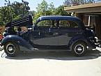 1936 Ford Sedan Picture 2