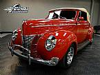 1940 Ford Convertible Picture 2