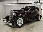 1934 Ford Sedan Picture 2