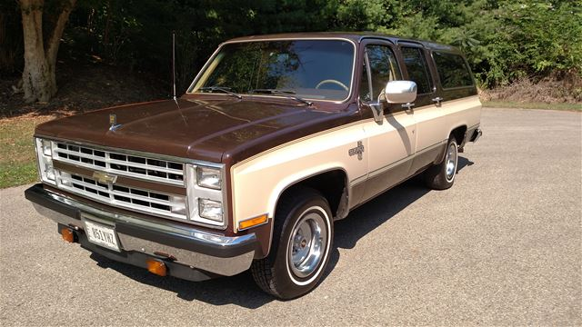 1986 chevrolet suburban for sale columbus ohio. Black Bedroom Furniture Sets. Home Design Ideas
