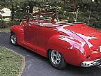 1947 Plymouth Convertible Picture 2