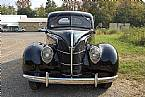 1939 Ford Standard Coupe Picture 2