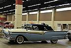 1957 Ford Sunliner Picture 2