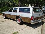 1977 Oldsmobile Custom Cruiser Picture 2