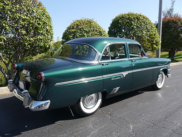 Db D D B likewise Ford Crestline Victoria Interior as well F F E Deb F Ff B White Walls Antique Cars besides Ford Roadster For Sale further Ford Door Sedan. on 1954 ford crestline sedan