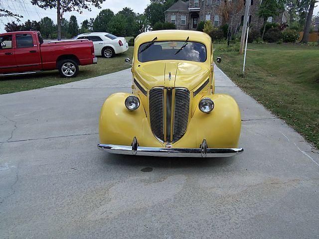 Grillview on 93 Dodge Dakota White