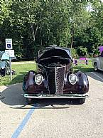 1937 Ford 2 Door Sedan Picture 2
