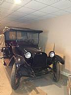 1916 Dodge Touring Car Picture 2